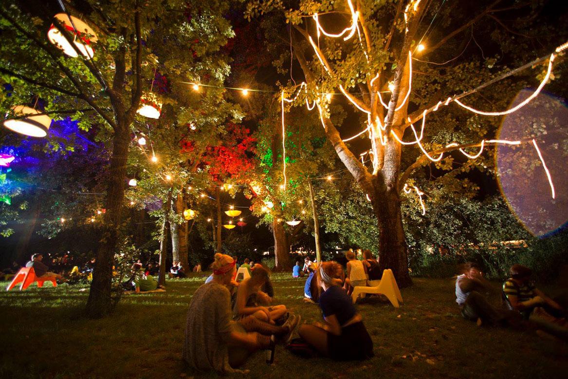 МУЗЫКАЛЬНЫЙ ФЕСТИВАЛЬ DAS FEST В КАРЛСРУЭ http://travelcalendar.ru/wp-content/uploads/2015/03/FESTIVAL-DAS-FEST-V-KARLSRUE.jpg