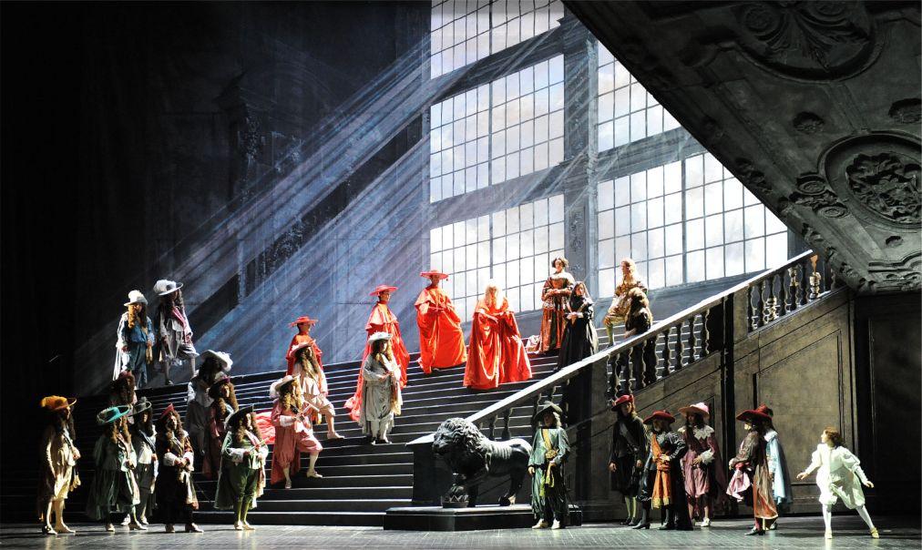 Фестиваль Верди в Парме http://travelcalendar.ru/wp-content/uploads/2015/03/Festival-Verdi-v-Parme_glav2.jpg
