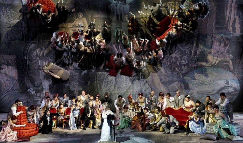 Фестиваль Верди в Парме http://travelcalendar.ru/wp-content/uploads/2015/03/Festival-Verdi-v-Parme_glav5.jpg