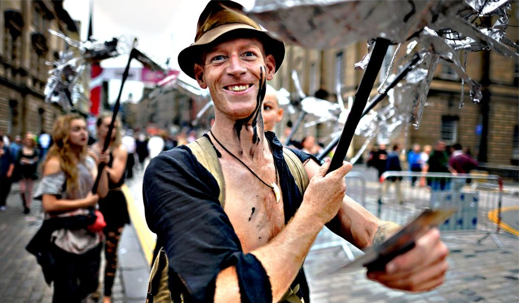 Фестиваль искусств «Фриндж» в Эдинбурге http://travelcalendar.ru/wp-content/uploads/2015/03/Festival-iskusstv-Frindzh-v-Edinburge_glav3.jpg