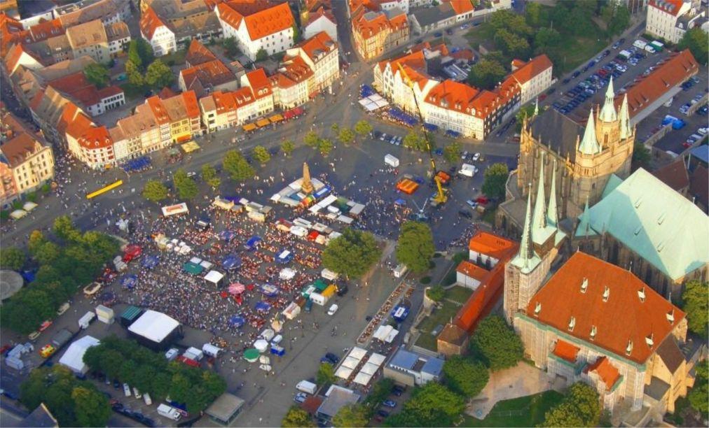 Фествиаль «Кремербрюке» в Эрфурте http://travelcalendar.ru/wp-content/uploads/2015/03/Festvial-Kremerbryuke-v-Erfurte_glav4.jpg