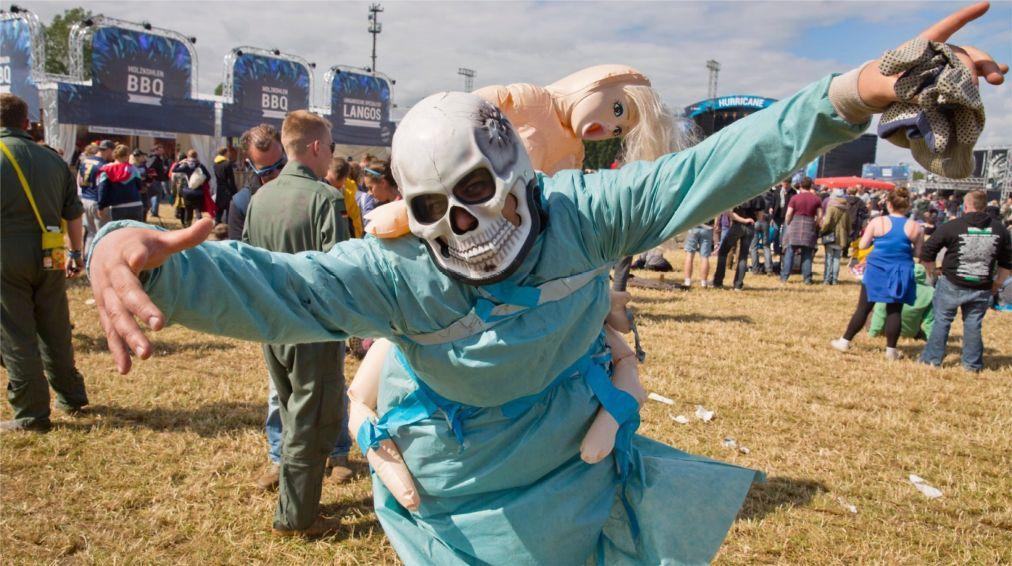 МУЗЫКАЛЬНЫЙ ФЕСТИВАЛЬ HURRICANE В ШЕССЕЛЕ http://travelcalendar.ru/wp-content/uploads/2015/03/MUZYKALNYJ-FESTIVAL-HURRICANE-V-SHESSELE_glav1.jpg