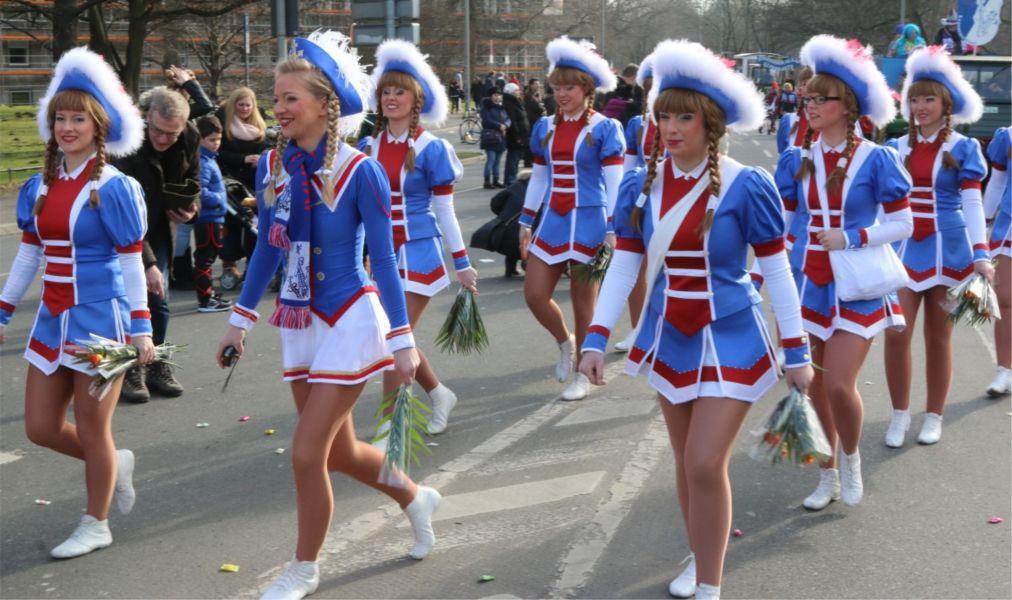 Праздник Шутценфест в Ганновере http://travelcalendar.ru/wp-content/uploads/2015/03/Prazdnik-SHuttsenfest-v-Gannovere_glav3.jpg