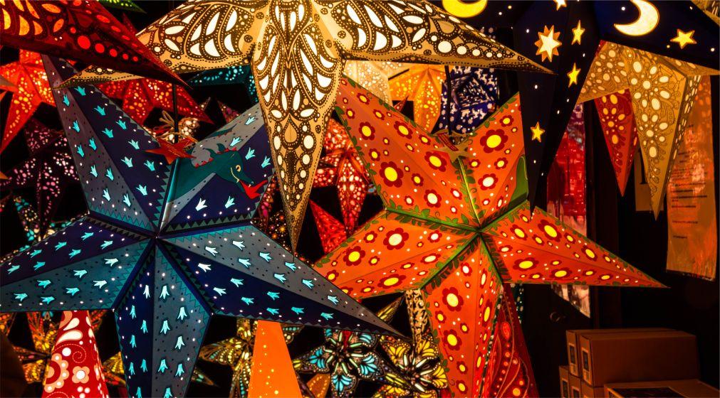 РОЖДЕСТВЕНСКАЯ ЯРМАРКА «КРИСТКИНДЛЕСМАРКТ» В МЮНХЕНЕ http://travelcalendar.ru/wp-content/uploads/2015/03/ROZHDESTVENSKAYA-YARMARKA-KRISTKINDLESMARKT-V-MYUNHENE_glav1.jpg
