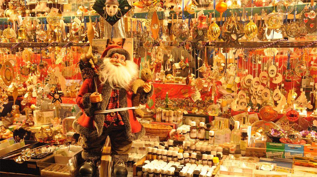 РОЖДЕСТВЕНСКАЯ ЯРМАРКА «КРИСТКИНДЛЕСМАРКТ» В МЮНХЕНЕ http://travelcalendar.ru/wp-content/uploads/2015/03/ROZHDESTVENSKAYA-YARMARKA-KRISTKINDLESMARKT-V-MYUNHENE_glav2.jpg