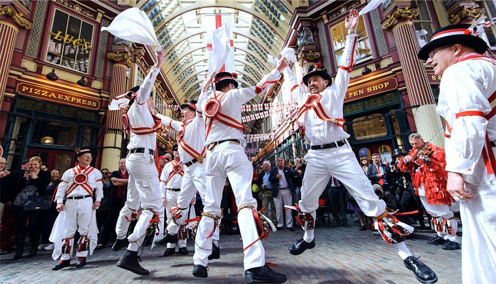 День Святого Георгия в Лондоне http://travelcalendar.ru/wp-content/uploads/2015/06/Den-Svyatogo-Georgiya-v-Londone_glav4.jpg
