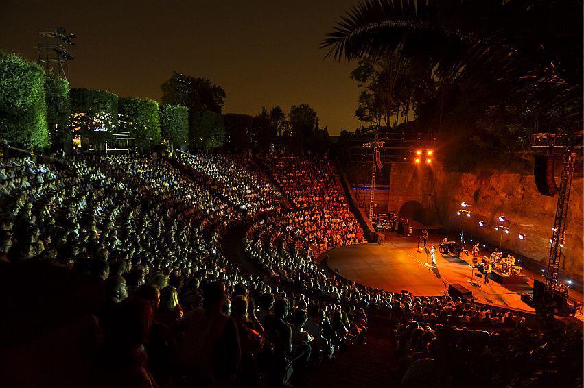 Культурный фестиваль Grec в Барселоне http://travelcalendar.ru/wp-content/uploads/2015/06/Festival-El-Grec-v-Barselone2.jpg