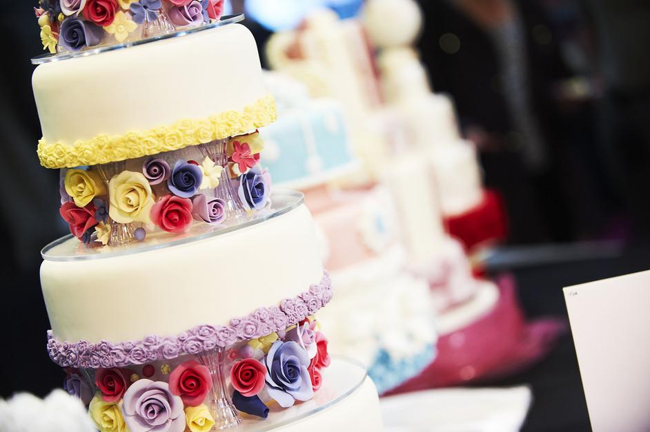 Фестиваль кондитерского искусства Cake International в Лондоне http://travelcalendar.ru/wp-content/uploads/2015/06/GV936277_942long.jpg