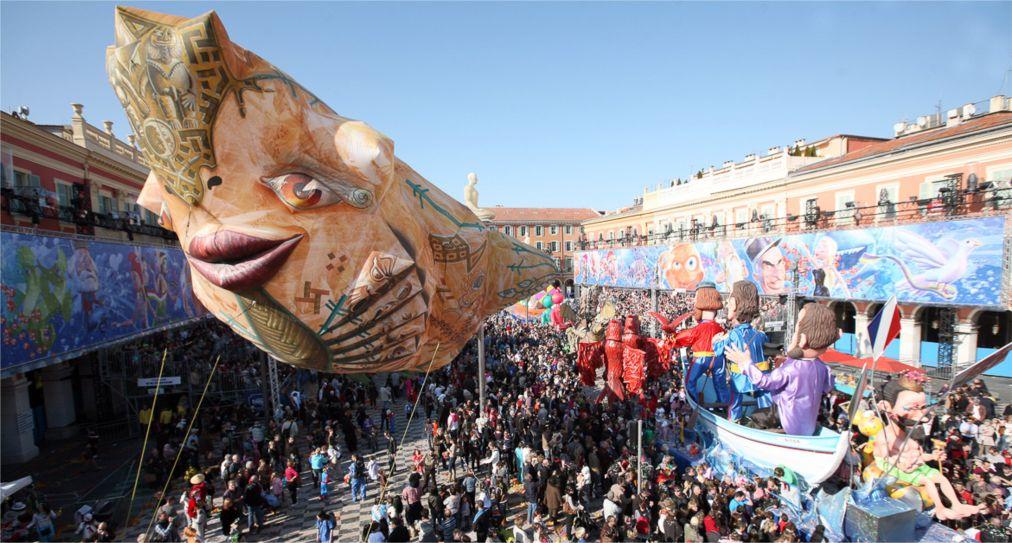 Карнавал в Ницце http://travelcalendar.ru/wp-content/uploads/2015/06/KARNAVAL-V-NITSTSE_glav2.jpg