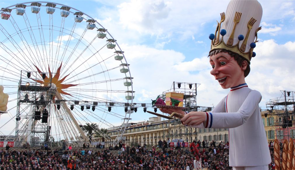 Карнавал в Ницце http://travelcalendar.ru/wp-content/uploads/2015/06/KARNAVAL-V-NITSTSE_glav4.jpg