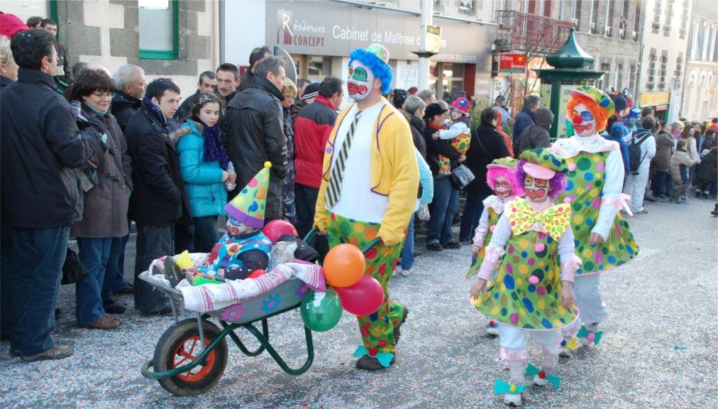 Карнавал в Гранвиле http://travelcalendar.ru/wp-content/uploads/2015/06/Karnaval-v-Granvile_glav1.jpg