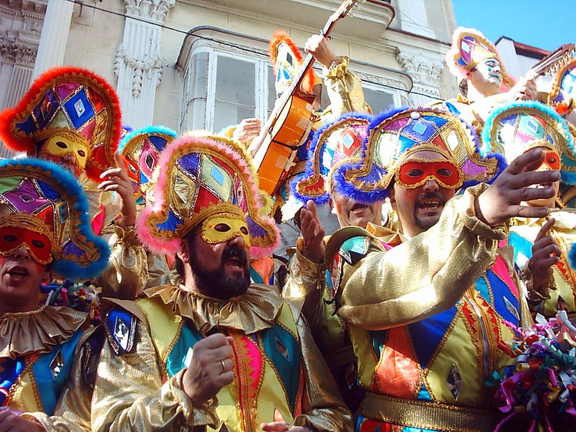 Карнавал в Мадриде http://travelcalendar.ru/wp-content/uploads/2015/06/Karnaval-v-Madride.jpg