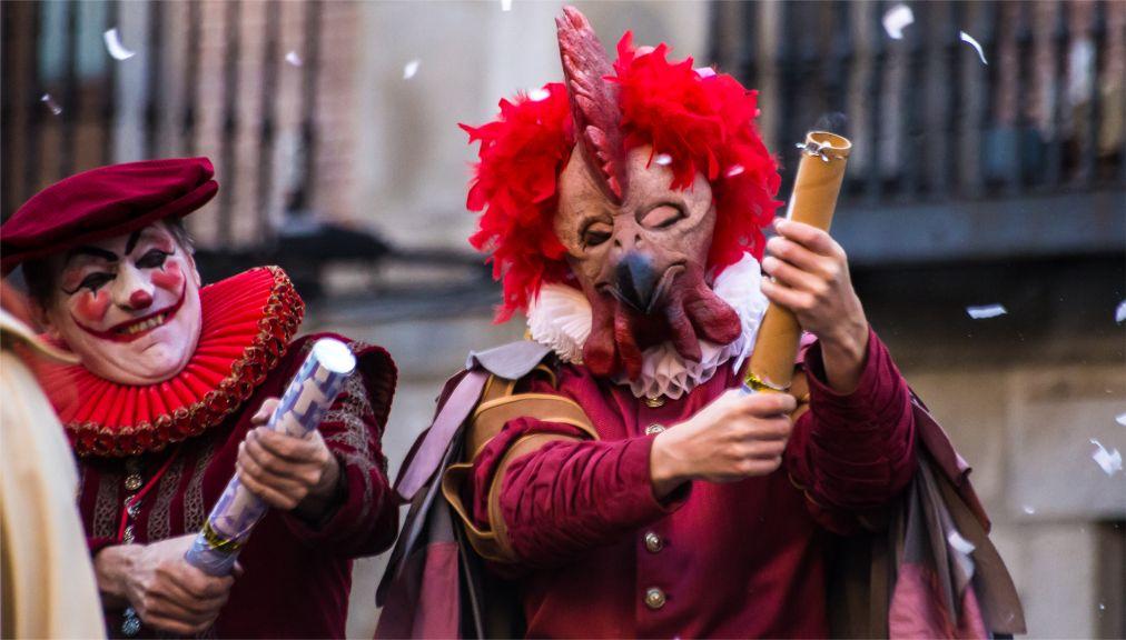 Карнавал в Мадриде http://travelcalendar.ru/wp-content/uploads/2015/06/Karnaval-v-Madride_glav4.jpg