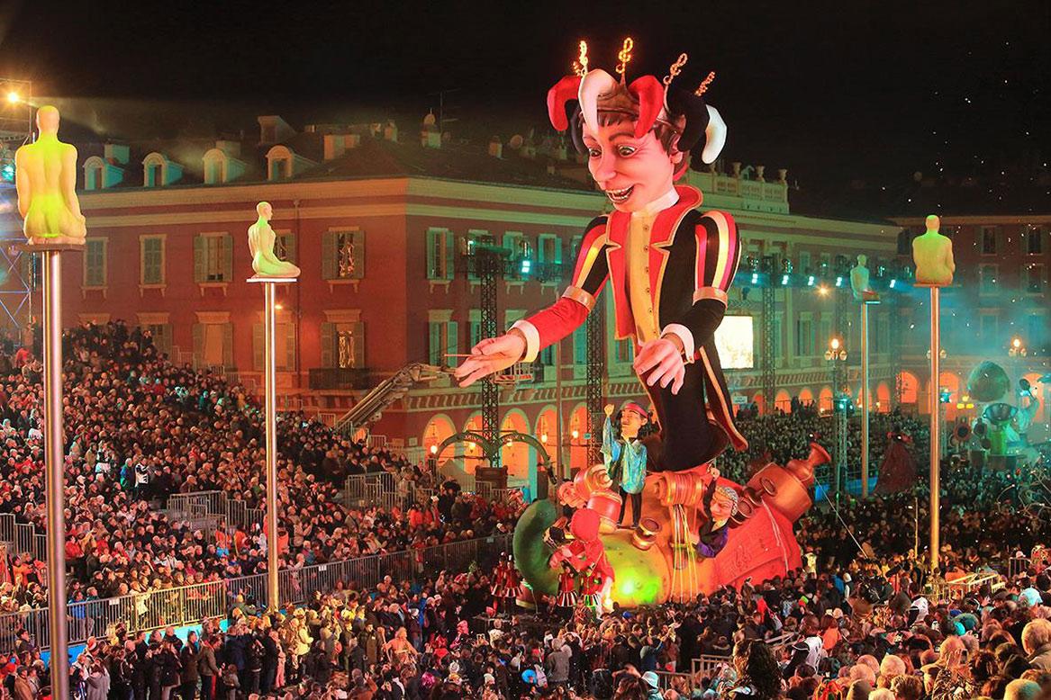 Карнавал в Ницце http://travelcalendar.ru/wp-content/uploads/2015/06/Karnaval-v-Nitstse11.jpg