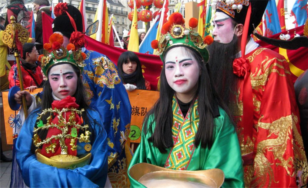 Китайский Новый год в Париже http://travelcalendar.ru/wp-content/uploads/2015/06/Kitajskij-Novyj-god-v-Parizhe_glav3.jpg