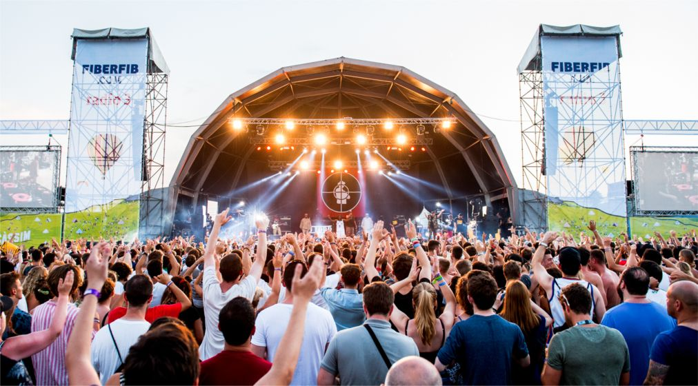 Музыкальный фестиваль FIB в Беникассиме http://travelcalendar.ru/wp-content/uploads/2015/06/Muzykalnyj-festival-FIB-v-Benikassime_glav3.jpg