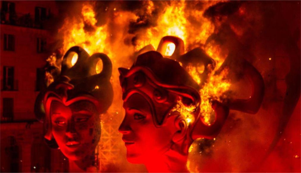 Праздник «Костры Святого Иоанна» в Испании http://travelcalendar.ru/wp-content/uploads/2015/06/Prazdnik-Kostry-Svyatogo-Ioanna-v-Ispanii_glav1.jpg