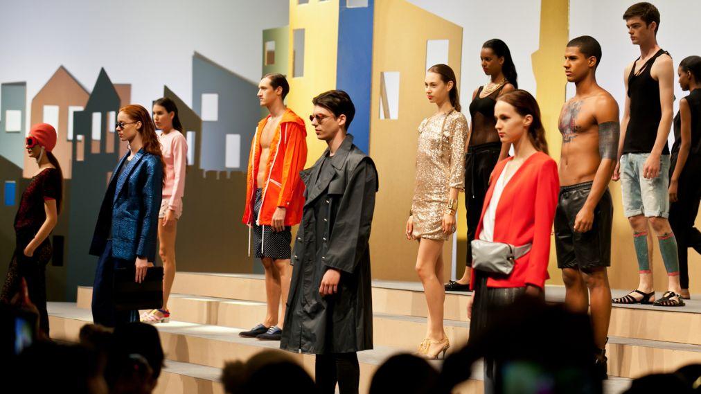 Выставка моды Who's next в Париже http://travelcalendar.ru/wp-content/uploads/2015/06/Vystavka-mody-Who-s-next-v-Parizhe_glav2.jpg