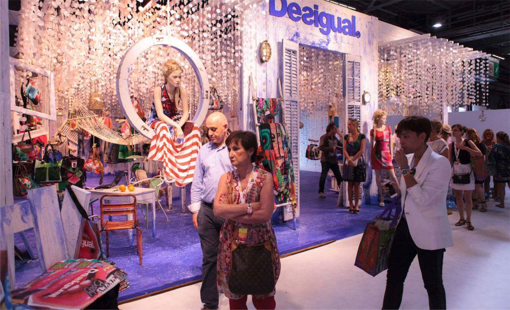 Выставка моды Who's next в Париже http://travelcalendar.ru/wp-content/uploads/2015/06/Vystavka-mody-Who-s-next-v-Parizhe_glav3.jpg