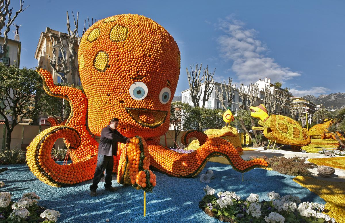 Фестиваль лимонов в Ментоне http://travelcalendar.ru/wp-content/uploads/2015/06/tumblr_n14n1zCFLt1qzfsnio1_1280.jpg