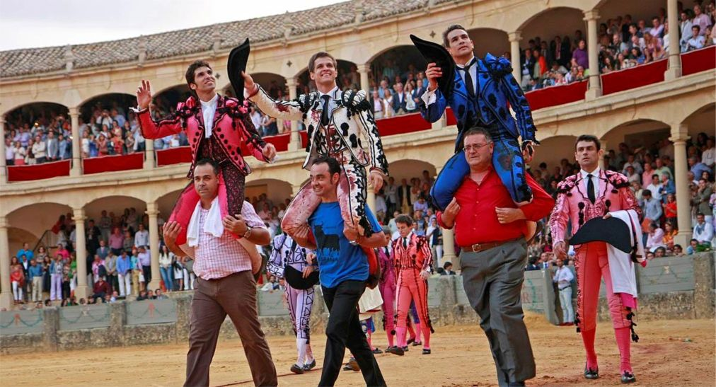 Фестиваль Педро Ромеро в Ронде http://travelcalendar.ru/wp-content/uploads/2015/07/Festival-Pedro-Romero-v-Ronde_glav3.jpg