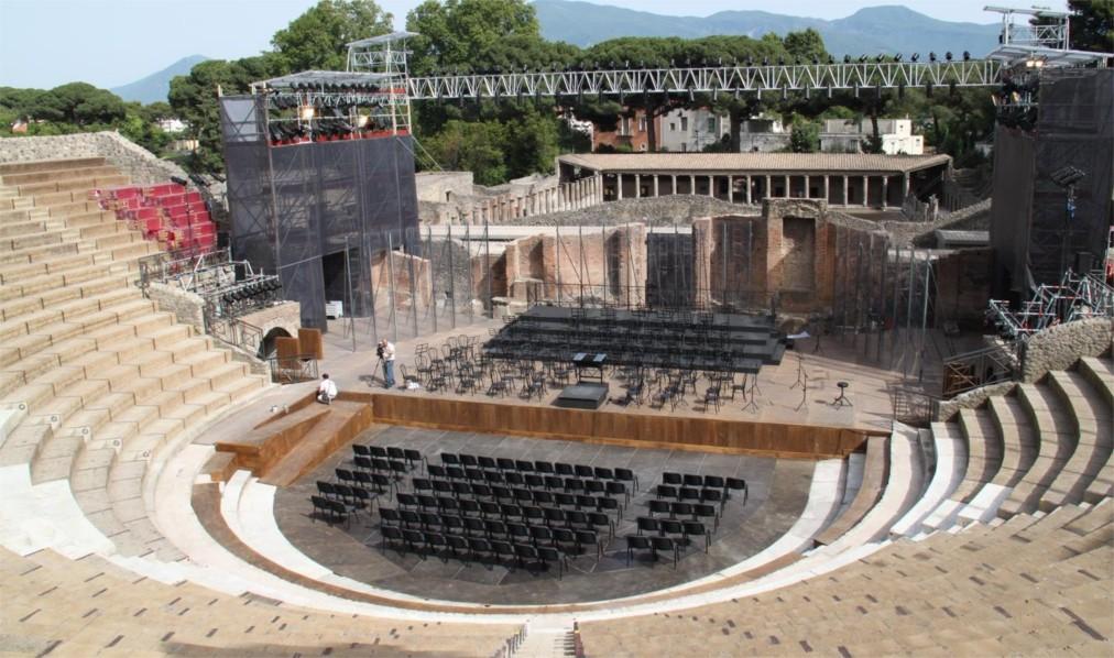 Фестиваль оперы и балета «Помпеи» в Неаполе http://travelcalendar.ru/wp-content/uploads/2015/07/Festival-opery-i-baleta-Pompei-v-Neapole_glav1.jpg
