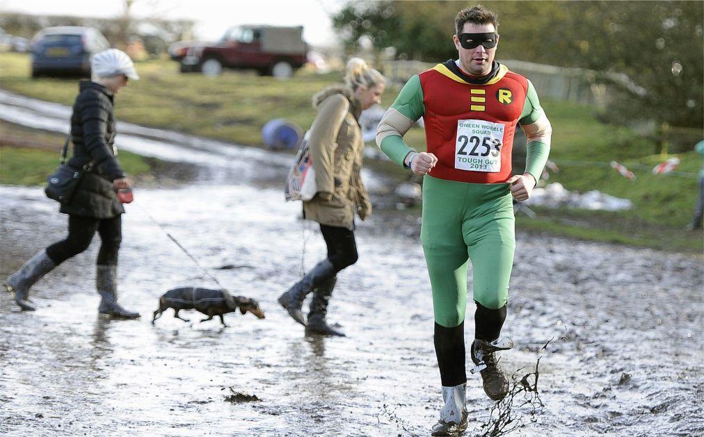 Гонки на выживание Tough Guy Challenge в Стаффордшире http://travelcalendar.ru/wp-content/uploads/2015/07/Gonki-na-vyzhivanie-Tough-Guy-Challenge-v-Staffordshire_glav5.jpg
