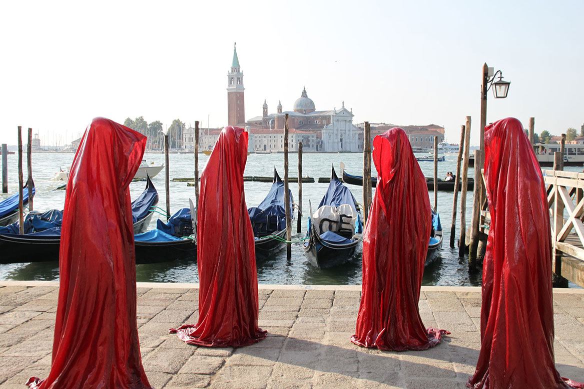 Венецианская биеннале http://travelcalendar.ru/wp-content/uploads/2015/07/Venetsianskaya-biennale.jpg
