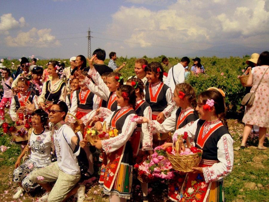Фестиваль розы в Казанлыке http://travelcalendar.ru/wp-content/uploads/2015/07/photo-2.jpg