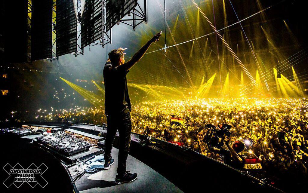 Амстердамский музыкальный фестиваль http://travelcalendar.ru/wp-content/uploads/2015/08/12370902_530743107107263_6935343936614561853_o.jpg