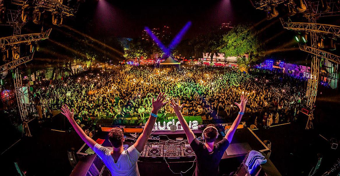 Фестиваль танцевальной музыки Sunburn в Пуне http://travelcalendar.ru/wp-content/uploads/2015/08/Festival-Sunburn-v-Goa-gl.jpg