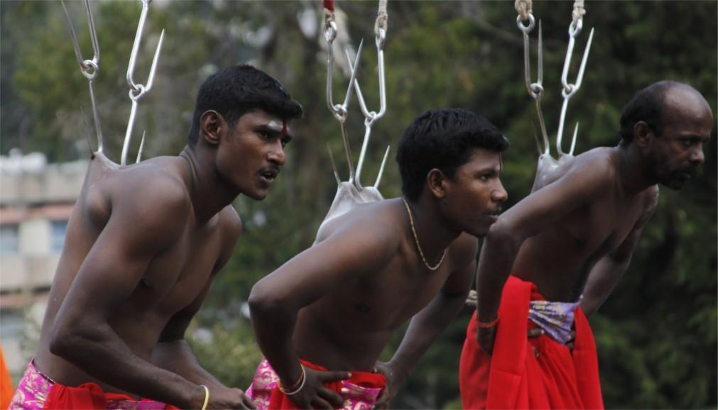 Фестиваль Тайпусам в Куала-Лумпуре http://travelcalendar.ru/wp-content/uploads/2015/08/Festival-Tajpusam-v-Kuala-Lumpure_glavn1.jpg