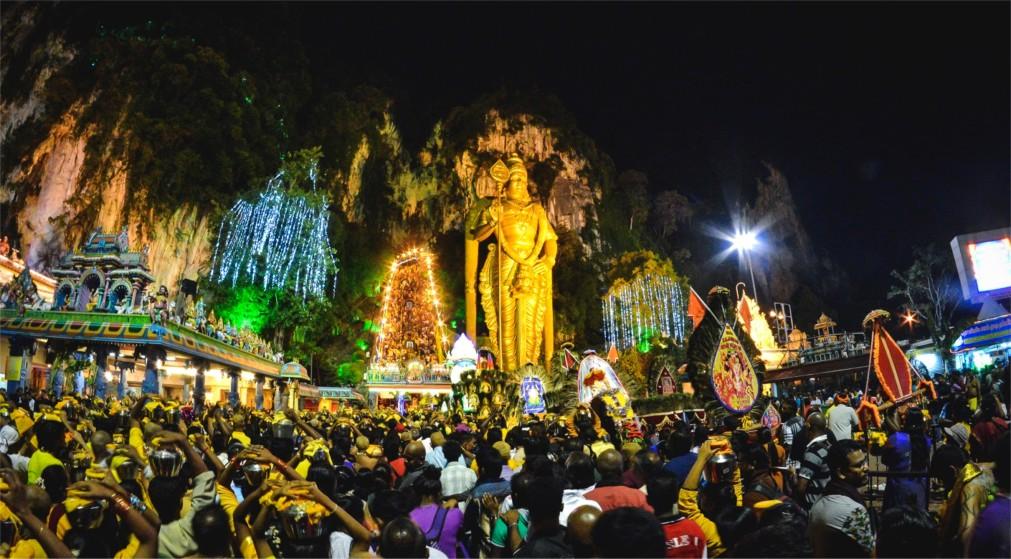 Фестиваль Тайпусам в Куала-Лумпуре http://travelcalendar.ru/wp-content/uploads/2015/08/Festival-Tajpusam-v-Kuala-Lumpure_glavn4.jpg