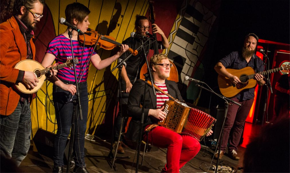 Фестиваль народной музыки Folklandia в Хельсинки http://travelcalendar.ru/wp-content/uploads/2015/08/Festival-narodnoj-muzyki-Folklandia-v-Helsinki_glav2.jpg