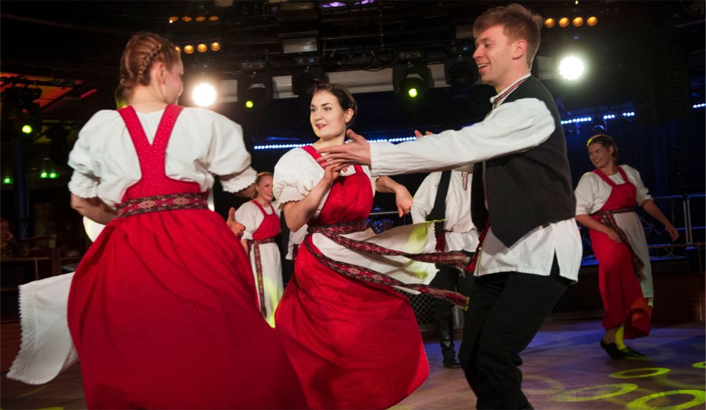 Фестиваль народной музыки Folklandia в Хельсинки http://travelcalendar.ru/wp-content/uploads/2015/08/Festival-narodnoj-muzyki-Folklandia-v-Helsinki_glav5.jpg