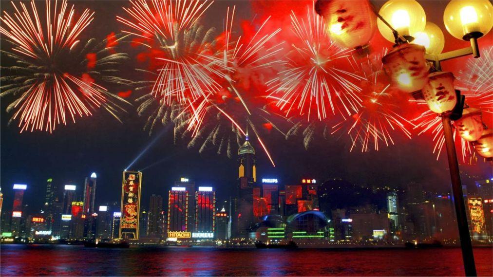 Китайский Новый год в Гонконге http://travelcalendar.ru/wp-content/uploads/2015/08/Kitajskij-Novyj-god-v-Gonkonge_glav.jpg