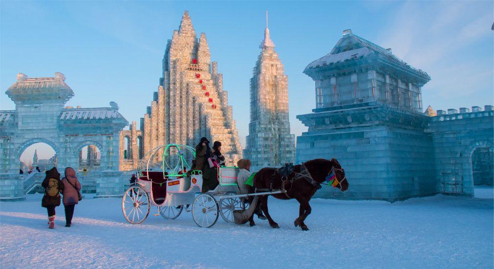 Международный фестиваль ледяных и снежных скульптур в Харбине http://travelcalendar.ru/wp-content/uploads/2015/08/Mezhdunarodnyj-festival-ledyanyh-skulptur-v-Harbine_glav4.jpg