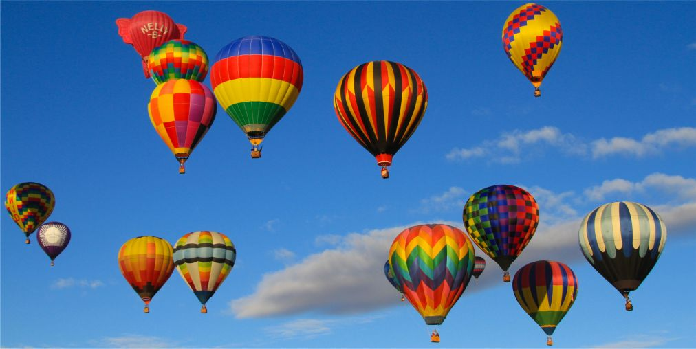 Международный фестиваль воздушных шаров в Альбукерке http://travelcalendar.ru/wp-content/uploads/2015/08/Mezhdunarodnyj-festival-vozdushnyh-sharov-v-Albukerke_glav3.jpg