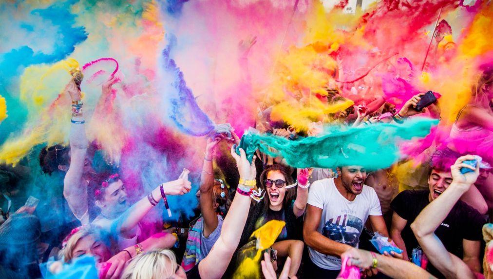 Музыкальный фестиваль Sziget в Будапеште http://travelcalendar.ru/wp-content/uploads/2015/08/Muzykalnyj-festival-Sziget-v-Budapeshte_glav7.jpg
