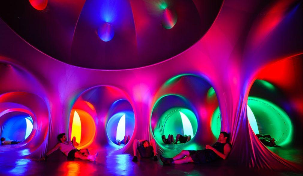 Музыкальный фестиваль Sziget в Будапеште http://travelcalendar.ru/wp-content/uploads/2015/08/Muzykalnyj-festival-Sziget-v-Budapeshte_glav9.jpg