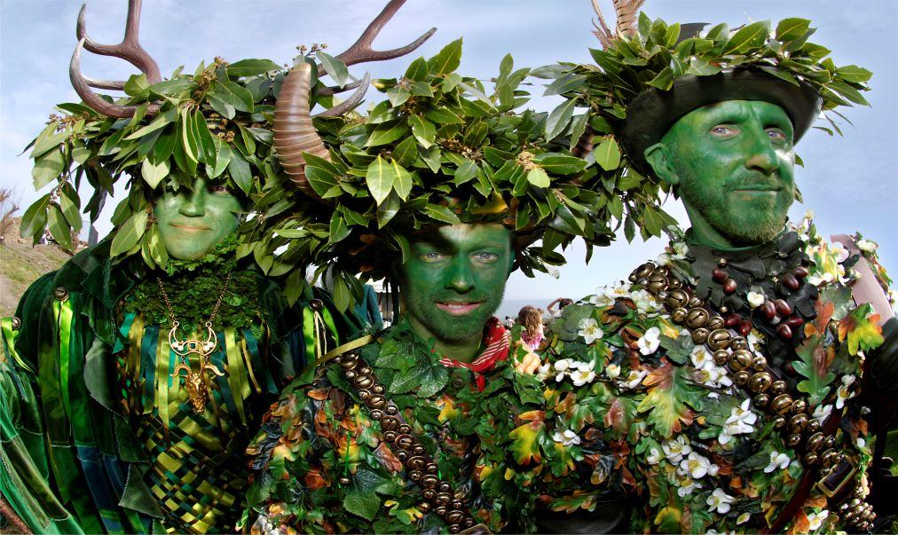 Музыкальный фестиваль «Зеленый человек» в Уэльсе http://travelcalendar.ru/wp-content/uploads/2015/08/Muzykalnyj-festival-Zelenyj-chelovek-v-Uelse_glav1.jpg
