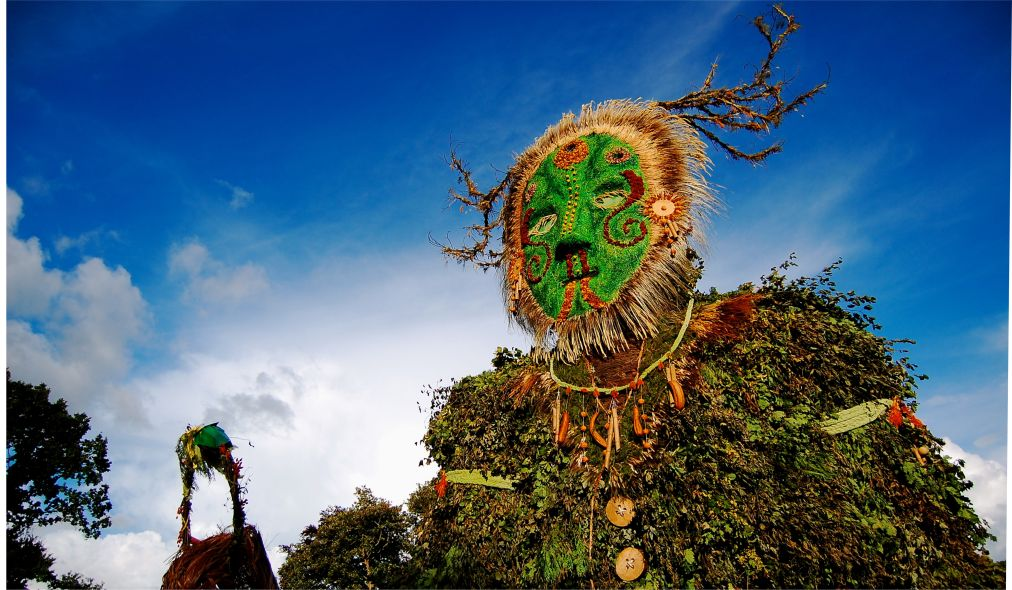 Музыкальный фестиваль «Зеленый человек» в Уэльсе http://travelcalendar.ru/wp-content/uploads/2015/08/Muzykalnyj-festival-Zelenyj-chelovek-v-Uelse_glav2.jpg