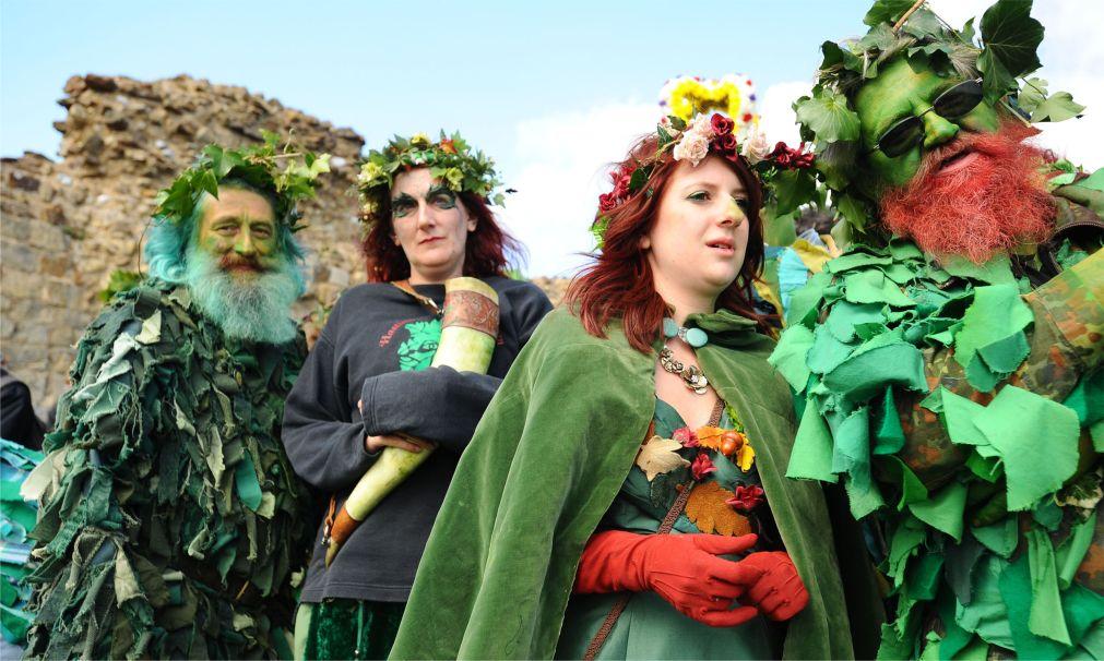 Музыкальный фестиваль «Зеленый человек» в Уэльсе http://travelcalendar.ru/wp-content/uploads/2015/08/Muzykalnyj-festival-Zelenyj-chelovek-v-Uelse_glav4.jpg