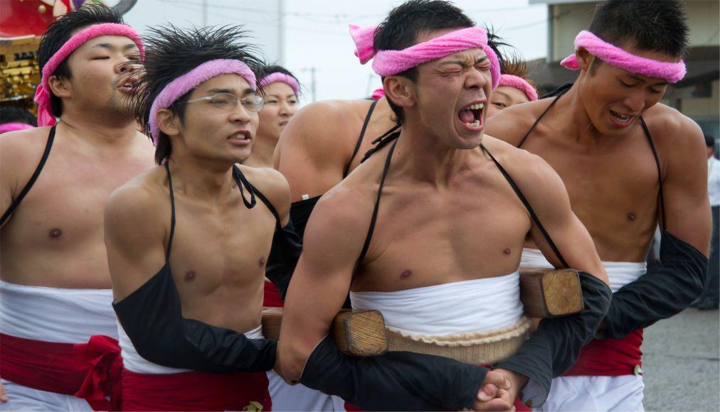 Праздник Хадака Мацури в Окаяме http://travelcalendar.ru/wp-content/uploads/2015/08/Prazdnik-Hadaka-Matsuri-v-YAponii_glav1.jpg