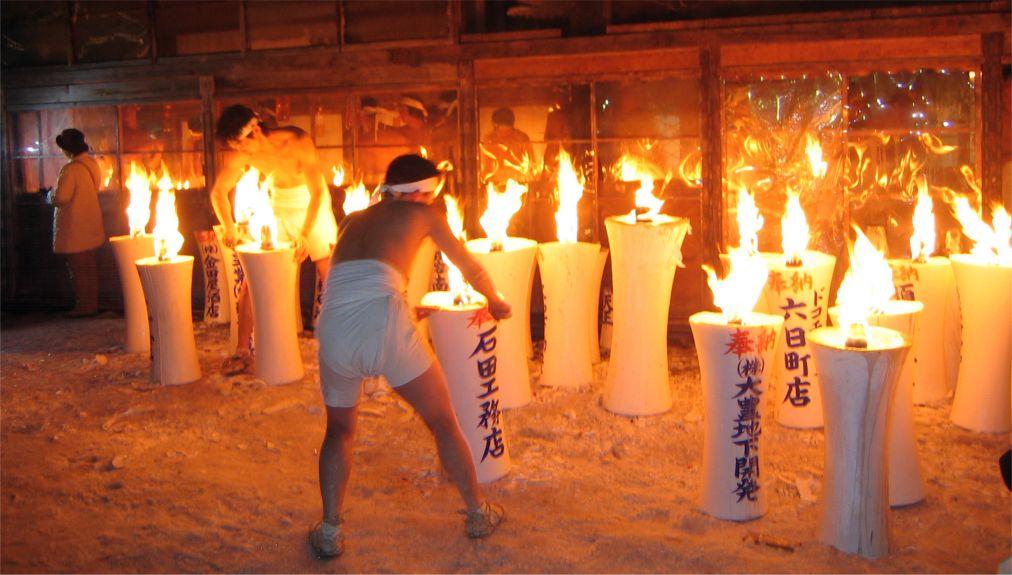 Праздник Хадака Мацури в Окаяме http://travelcalendar.ru/wp-content/uploads/2015/08/Prazdnik-Hadaka-Matsuri-v-YAponii_glav2.jpg