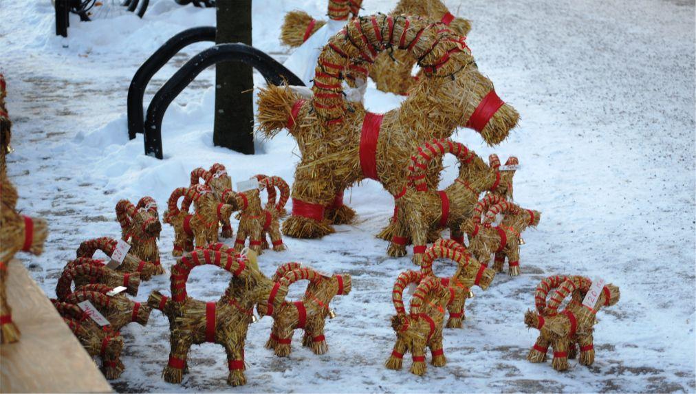Ритуал сожжения «рождественского козла» в Евле http://travelcalendar.ru/wp-content/uploads/2015/08/Ritual-sozhzheniya-rozhdestvenskogo-kozla-v-Evle_glav4.jpg