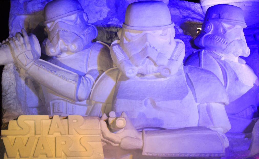Снежный фестиваль в Саппоро http://travelcalendar.ru/wp-content/uploads/2015/08/Snezhnyj-festival-v-Sapporo_glav.jpg