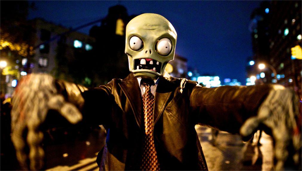 Вилладж Хэллоуин Парад в Нью-Йорке http://travelcalendar.ru/wp-content/uploads/2015/08/Villadzh-Hellouin-Parad-v-Nyu-Jorke_glav5.jpg