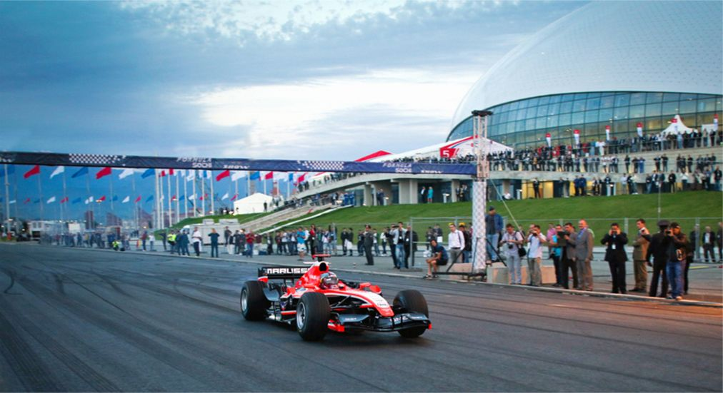 Гонка «Гран-При России» в Сочи http://travelcalendar.ru/wp-content/uploads/2015/09/Etap-Gran-Pri-Formula-1-v-Sochi_glav21.jpg