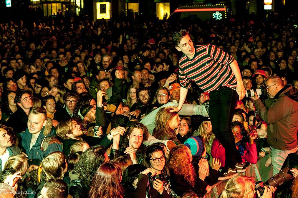 Фестиваль Life I Live. Ночь Короля в Гааге http://travelcalendar.ru/wp-content/uploads/2015/09/Festival-Life-I-Live.-Noch-Korolya-v-Gaage-shir2.jpg